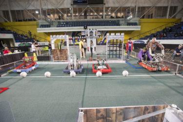 カナダの高校でRobotics(ロボット工学)が学びたい!