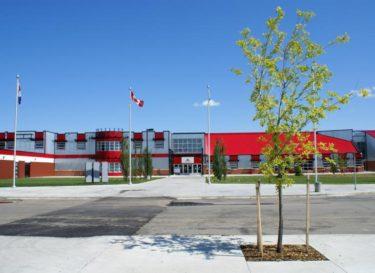 レッドディア公立高校留学生プログラム/ Red Deer Public Schools International Student Program