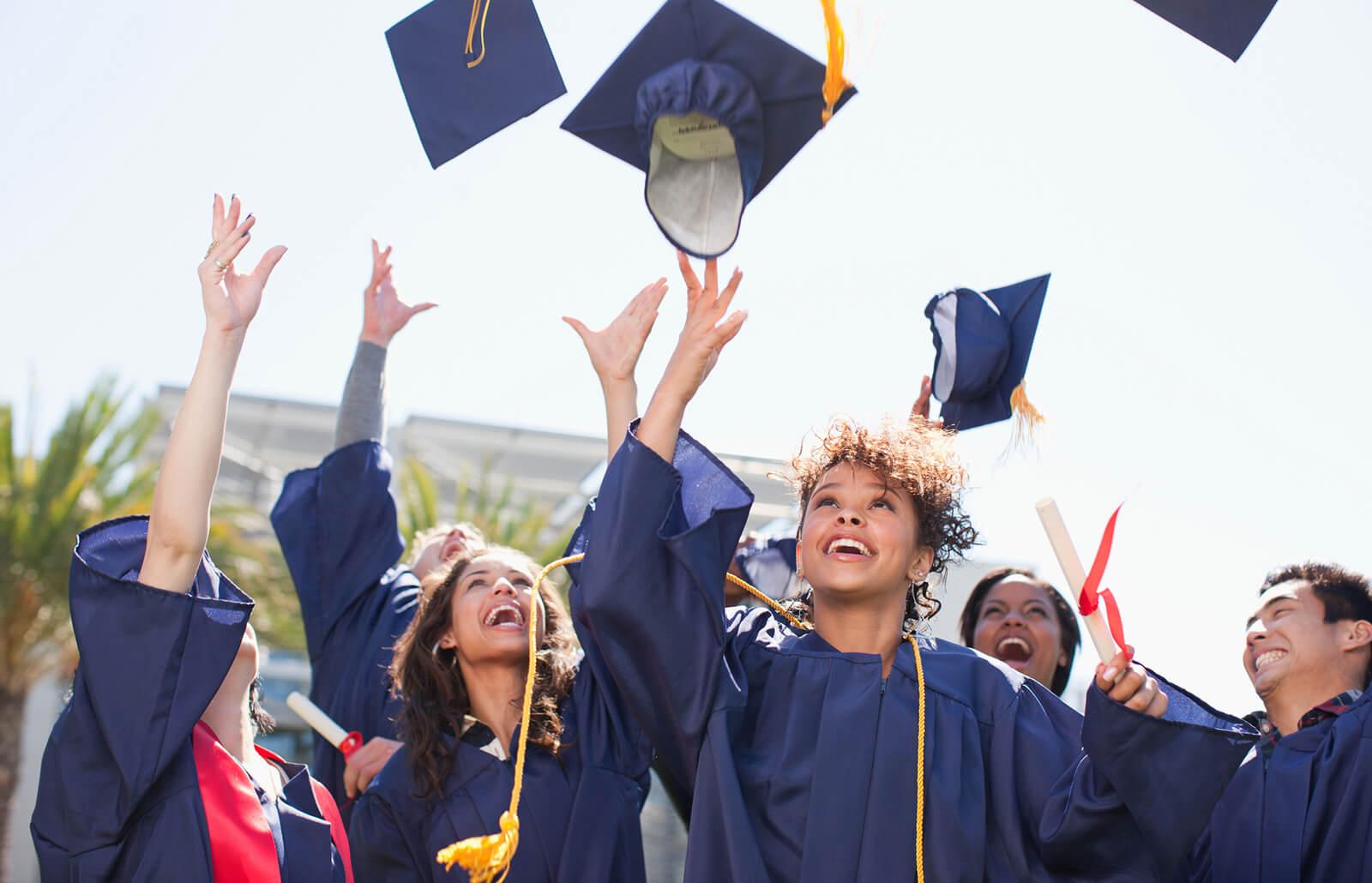 マニトバ高校卒業要件