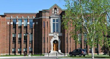 アヴァロン・メイトランド教育区留学生プログラム/Avon Maitland District School Board International Student Program