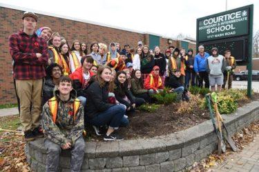 カワーサパインリッジ地区教育委員会留学生プログラム/Kawartha Pine Ridge District School Board International Student Program